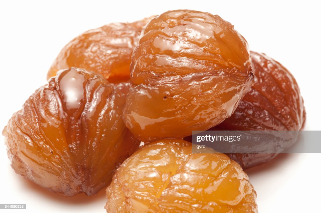 Frozen chestnuts : Stock Photo