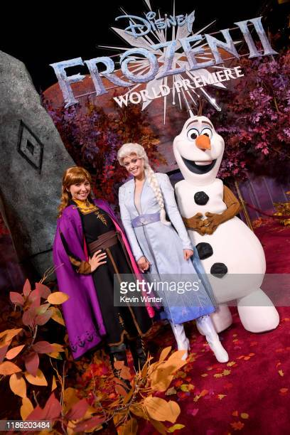 Frozen cosplayers attend the premiere of Disney's Frozen 2 at Dolby Theatre on November 07 2019 in Hollywood California