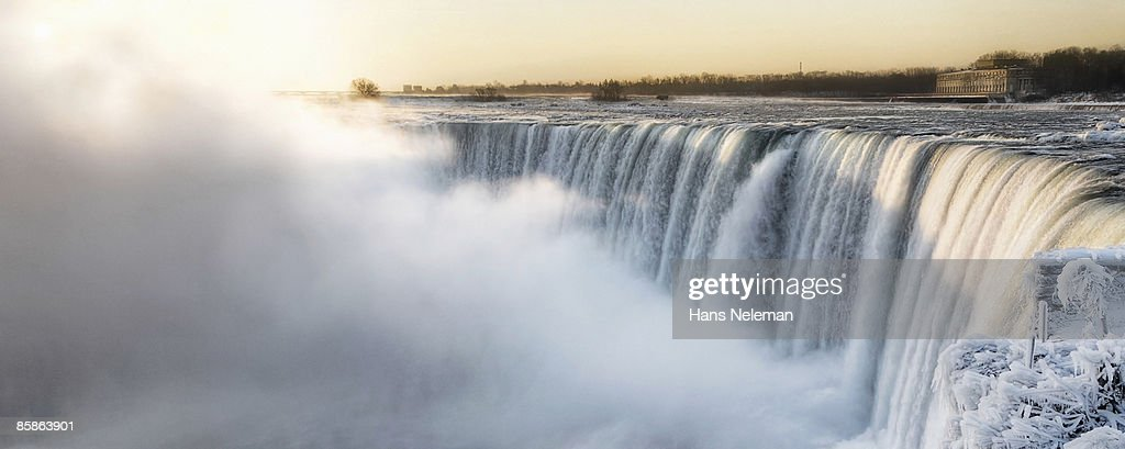 Frozen Niagara Falls : Stock-Foto