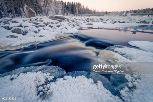 frozen river during winter - teemu tretjakov stock pictures, royalty-free photos & images