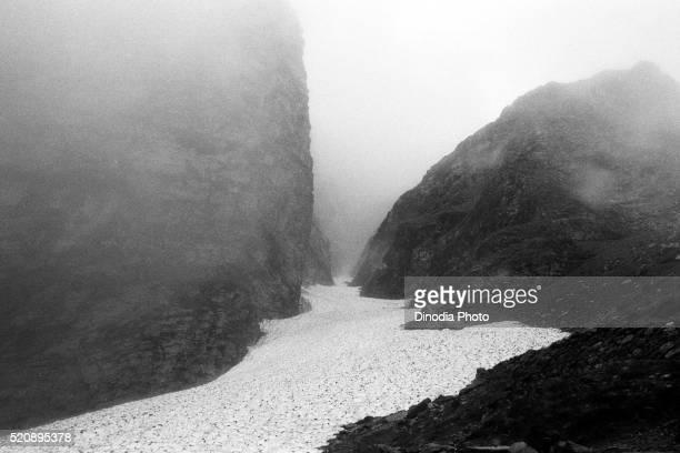 Frozen river Valley of Flowers Hemkund Ghangaria, Garhwal, Uttarakhand, India, Asia, 1978