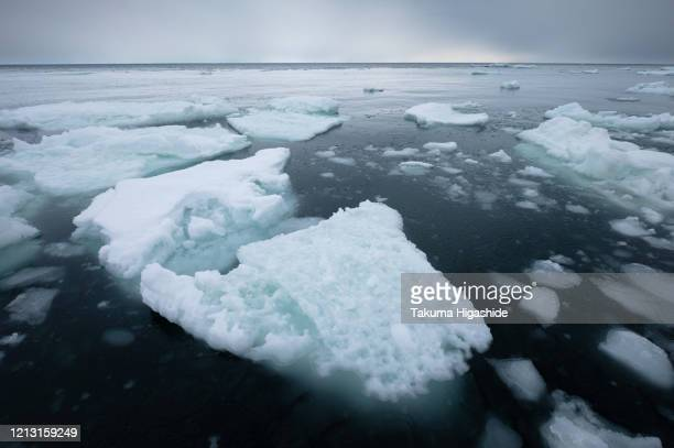 frozen time - sea of okhotsk stock pictures, royalty-free photos & images
