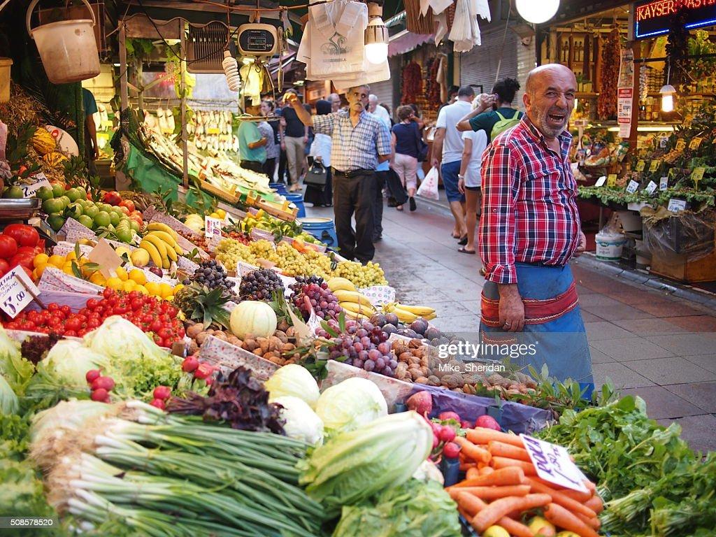 Obst und Gemüse Marktstand in Istanbul : Stock-Foto