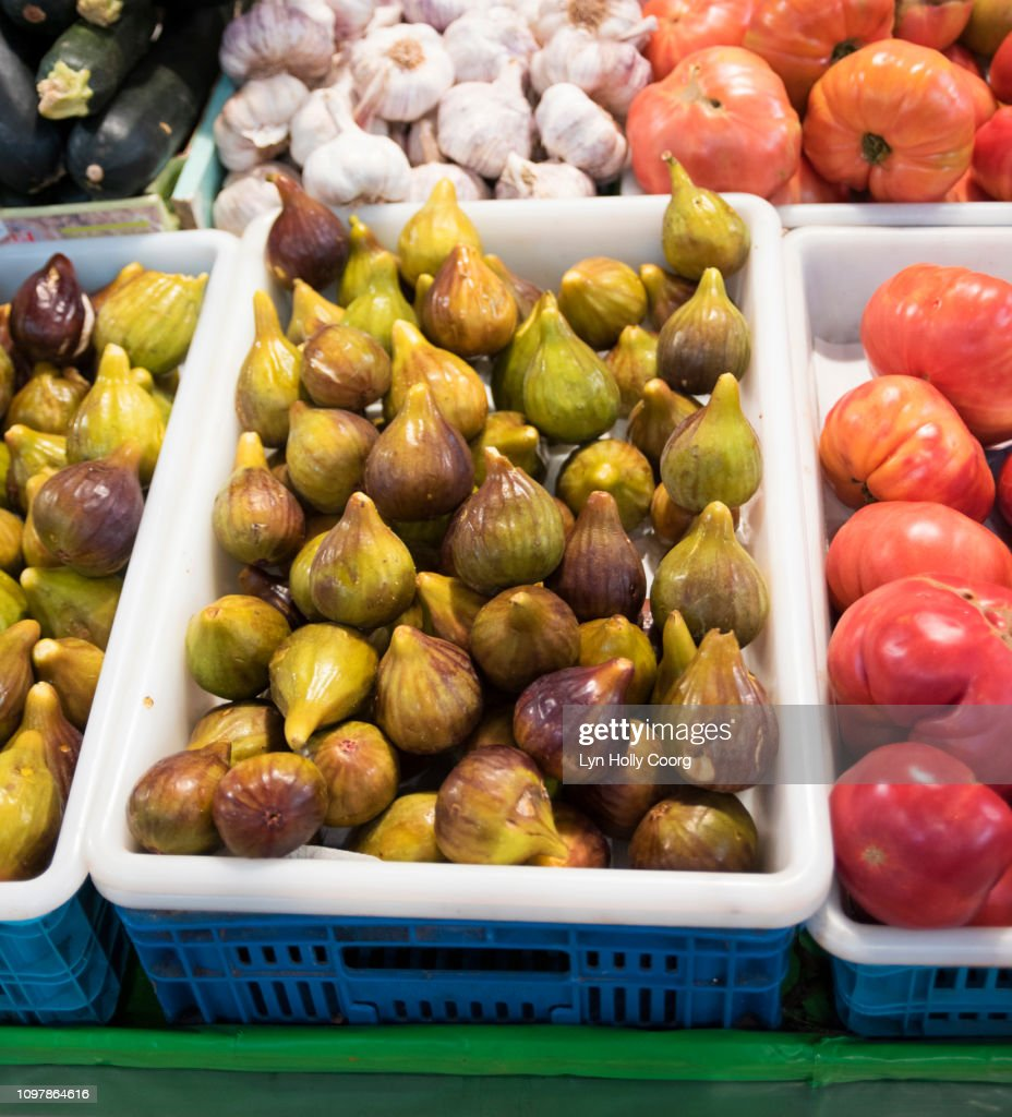 Fruit and vegetables on market stall ready to sell : Stock Photo