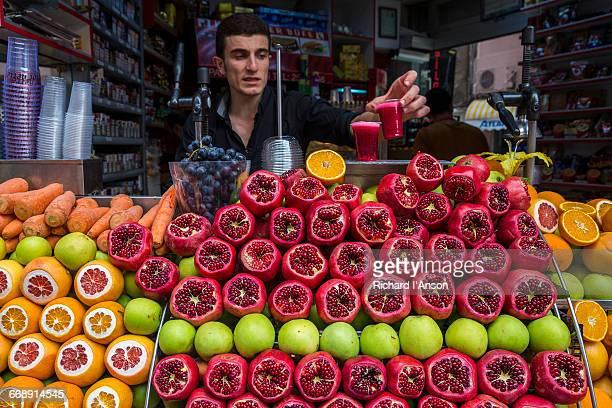 Fruit juice vendor in Beyoglu