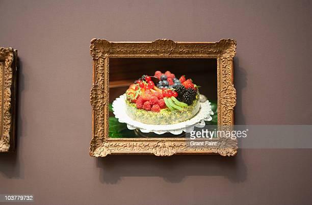 fruit pie flan photograph in frame - gemälde stock-fotos und bilder