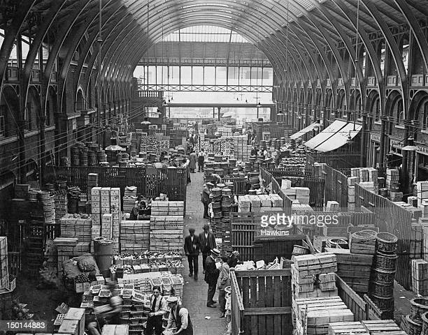 Fruit sellers at Covent Garden Market in London August 1925