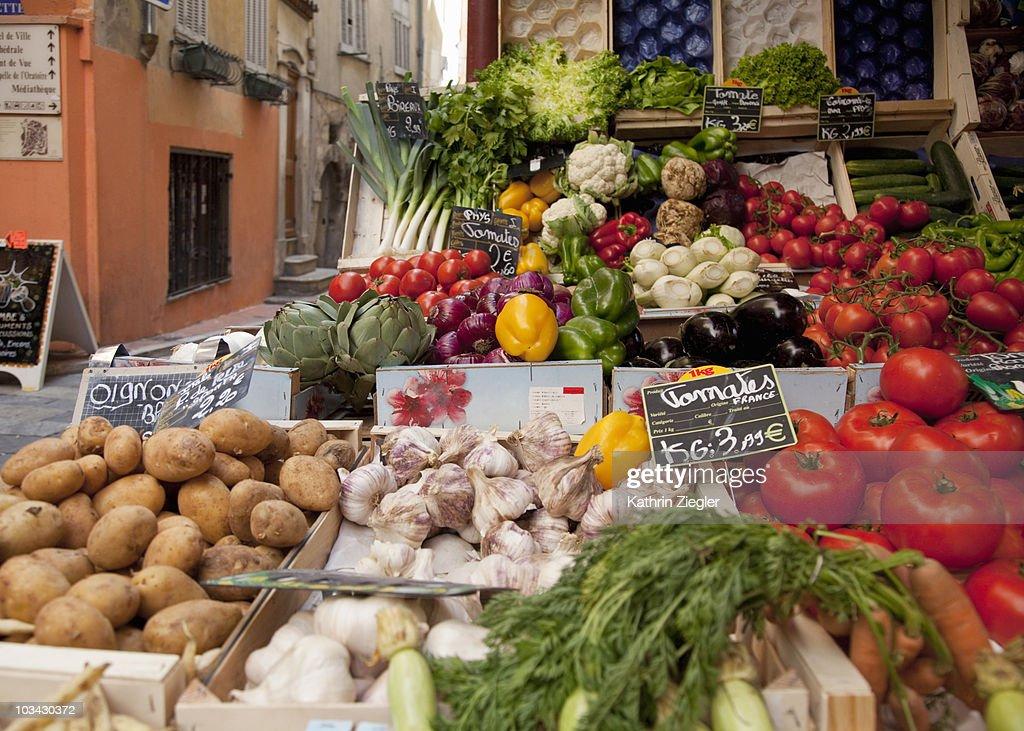fruit stand : Foto de stock