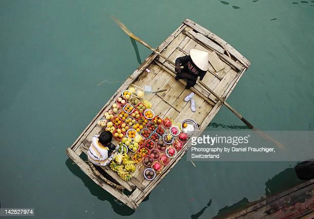 Fruit vendor boat