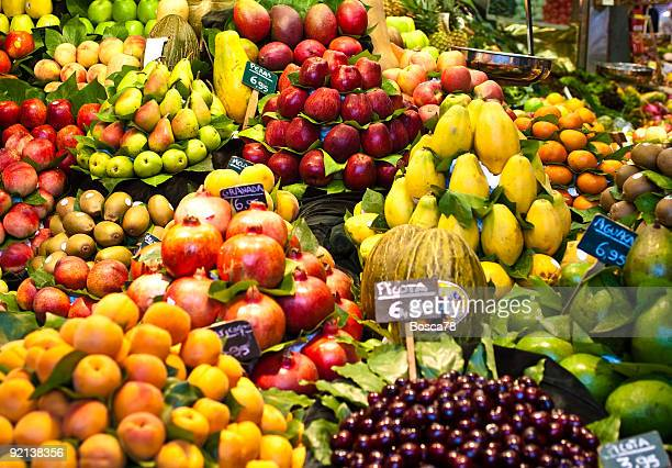 Fruits nicely exposed in a market place
