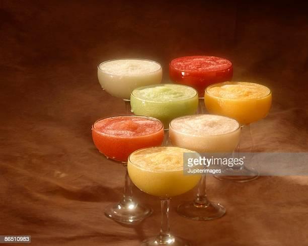 fruity margaritas - margarita seven photos et images de collection