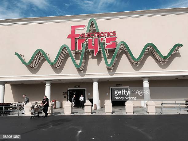 Fry' Electronics flagship store in Sunnyvale California USA is a Silicon Valley institution an features a waveform behind the logo Specializes in...