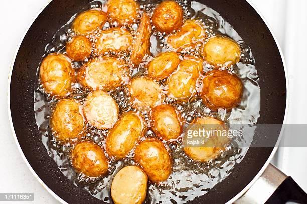Poêle jeunes pommes de terre