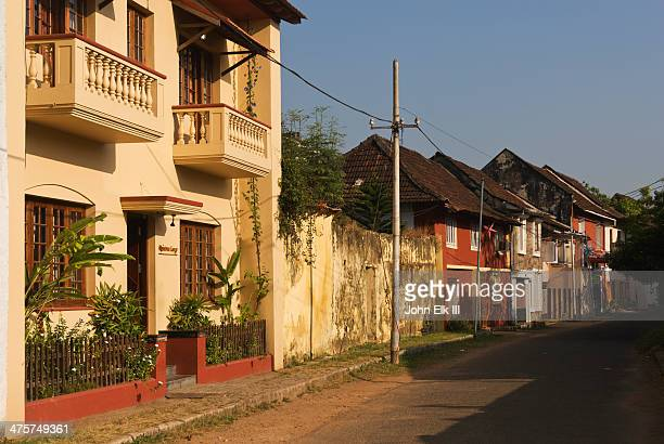 ft cochin, historic street scene - kochi india stock pictures, royalty-free photos & images