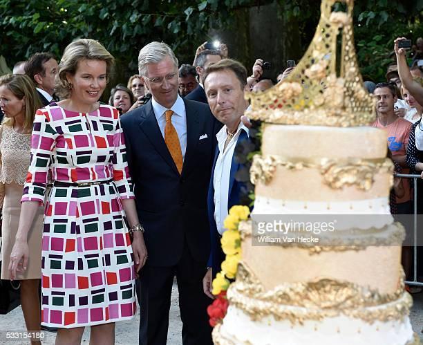 le Roi Philippe et la Reine Mathilde visitent les animations Fête au Parc de Bruxelles Nationale feestdag bezoek van Koning Filip en Koningin...