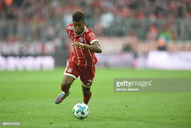 Bundesliga Bayern München FSV Mainz 05 4 Spieltag am in der Allianz Arena in München Kingsley Coman von München läuft mit dem Ball Photo Andreas...