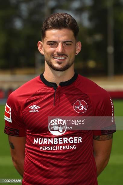 Fototermin 1 FC Nürnberg für die Saison 2018/19 am in Nürnberg Bayern Tim Leibold Spieler beim 1 FC Nürnberg Photo Daniel Karmann/dpa WICHTIGER...