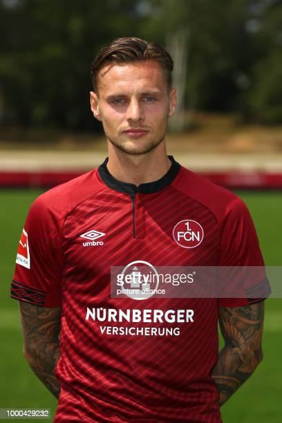 Fototermin 1 FC Nürnberg für die Saison 2018/19 am in Nürnberg Bayern Robert Bauer Spieler beim 1 FC Nürnberg Photo Daniel Karmann/dpa WICHTIGER...