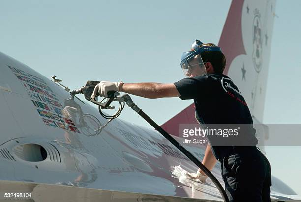 Fueling F-16C Fighting Falcon