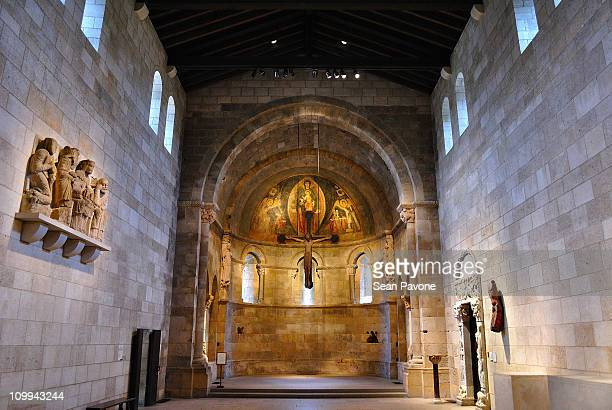 fuentiduena chapel - cloister stock pictures, royalty-free photos & images