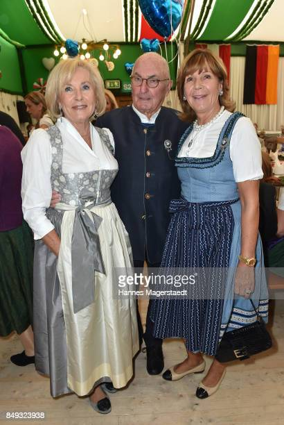 Fuerstin Inge WredeLanz Peter Lanz and Prinzessin Ursula von Bayern during the BMW Armbrustschiessen as part of the Oktoberfest 2017 at...