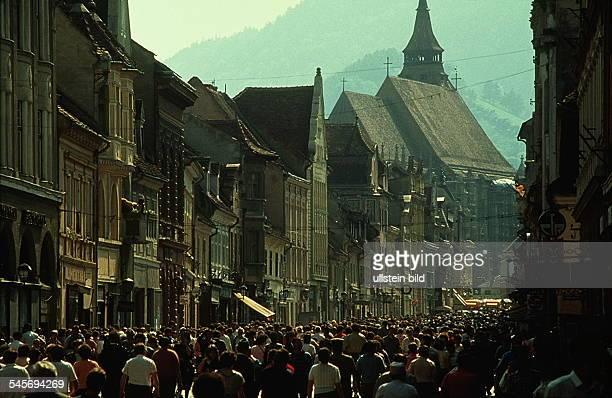 Fußgängerzone in der Altstadt von Brasov/ Kronstadt 00051990