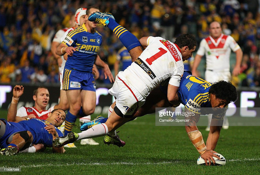 Fuifui Moimoi of the Eels scores a try during the round 13 NRL match between the Parramatta Eels and the St George Illawarra Dragons at Parramatta Stadium on June 3, 2011 in Sydney, Australia.