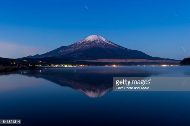 Fuji before sunrise, at Lake Yamanaka