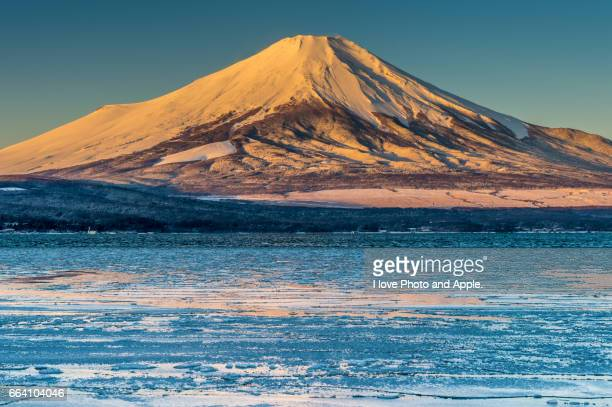 fuji winter scenery - 一月 stock pictures, royalty-free photos & images