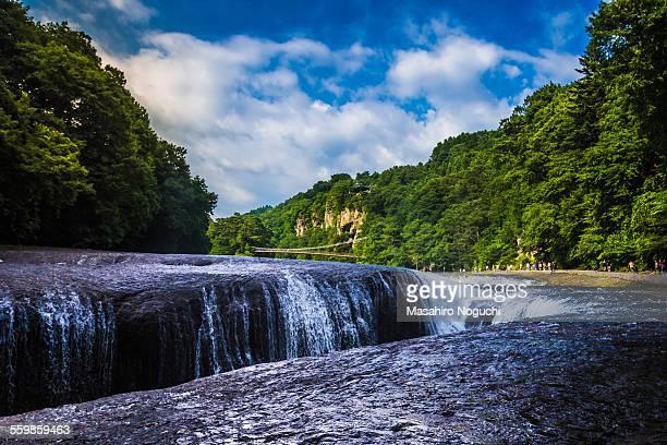 fukiware falls, viewing from the downstream - gunma - fotografias e filmes do acervo