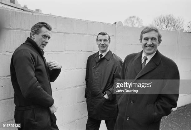 Fulham FC's manager Vic Buckingham soccer player Johnny Haynes and former soccer player and sport journalist Danny Blanchflower London UK 22nd...