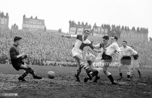 Fulham v Bristol Rovers March 1958 Trevor Tosh Chamberlain gets the ball past the Rovers defence but is stopped by keeper Nicholls. The final score...