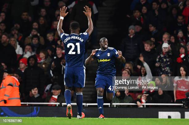 Fulham's Aboubakar Kamara celebrates scoring his side's first goal of the game during the Premier League match at the Emirates Stadium London