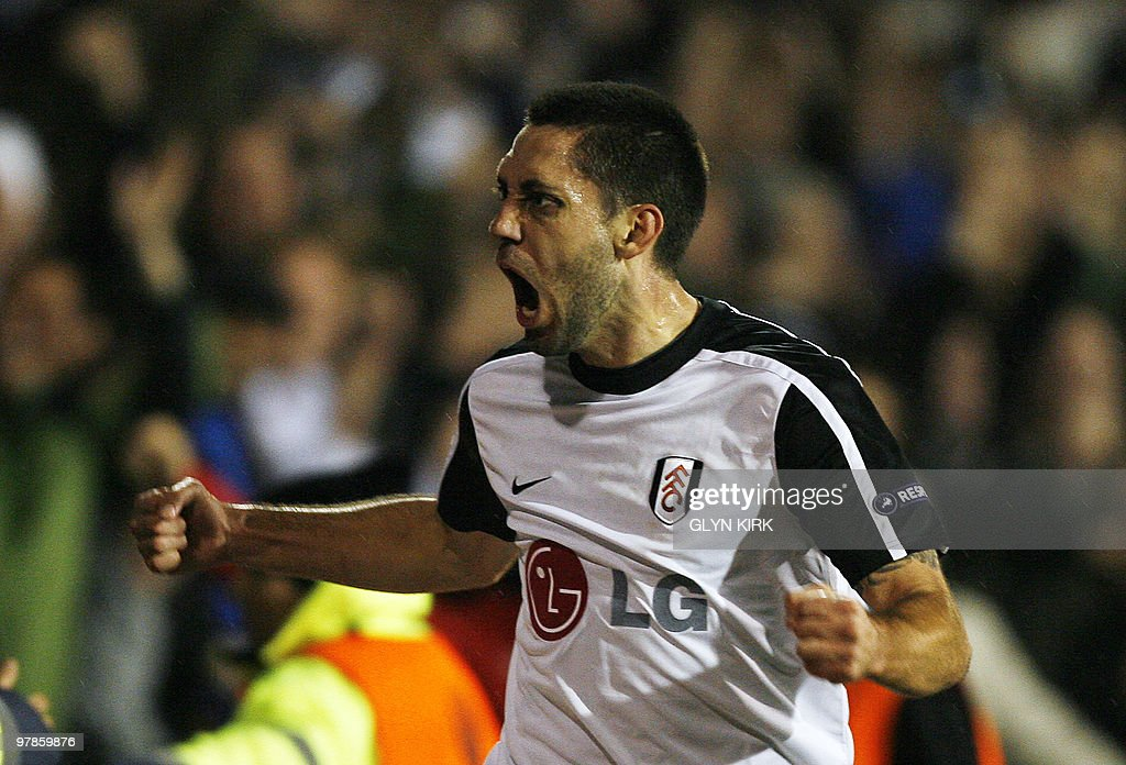 Fulham's American midfielder Clint Demps : News Photo