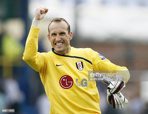 Fulham's Australian goalkeeper Mark Schwarzer celebrates after the Premier League football match between Portsmouth and Fulham at Fratton Park in...