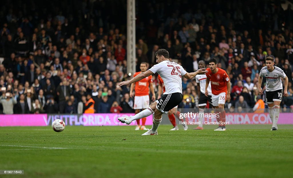 Fulham v Huddersfield Town - Sky Bet Championship : News Photo
