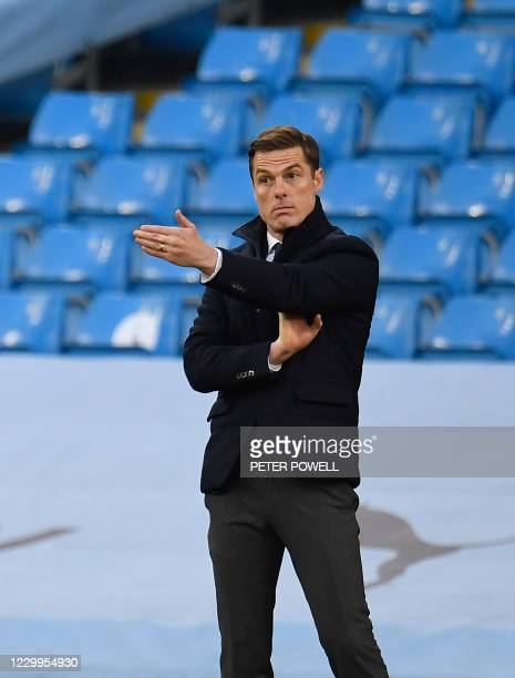 Fulham's English manager Scott Parker gestures during the English Premier League football match between Manchester City and Fulham at the Etihad...
