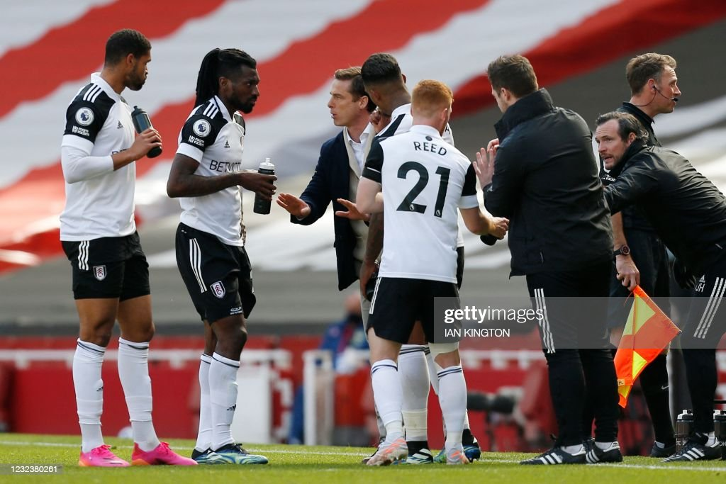 FBL-ENG-PR-ARSENAL-FULHAM : News Photo