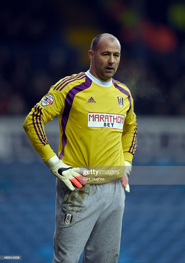 Fulham's Gabor Kiraly in action during the Sky Bet Championship match between Leeds United and Fulham at Elland Road on December 13, 2014 in Leeds, England.