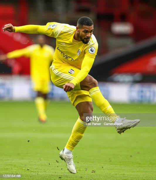 Fulham's Ruben LoftusCheek shoots for goal during the Premier League match between Sheffield United and Fulham at Bramall Lane on October 18 2020 in...