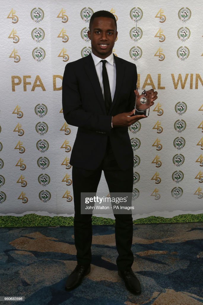 Fulham's Ryan Sessegnon poses with the PFA Championship Team of the Year award during the 2018 PFA Awards at the Grosvenor House Hotel, London.