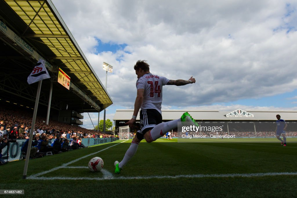 Fulham's Stefan Johansen takes a corner kick during the Sky Bet Championship match between Fulham and Brentford at Craven Cottage on April 29, 2017 in London, England.