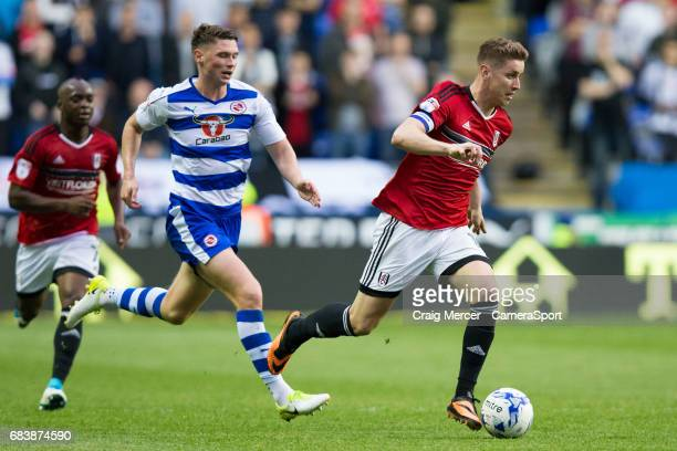Fulham's Tom Cairney in action during the Sky Bet Championship PlayOff Semi Final Second Leg match between Reading and Fulham at Madejski Stadium on...