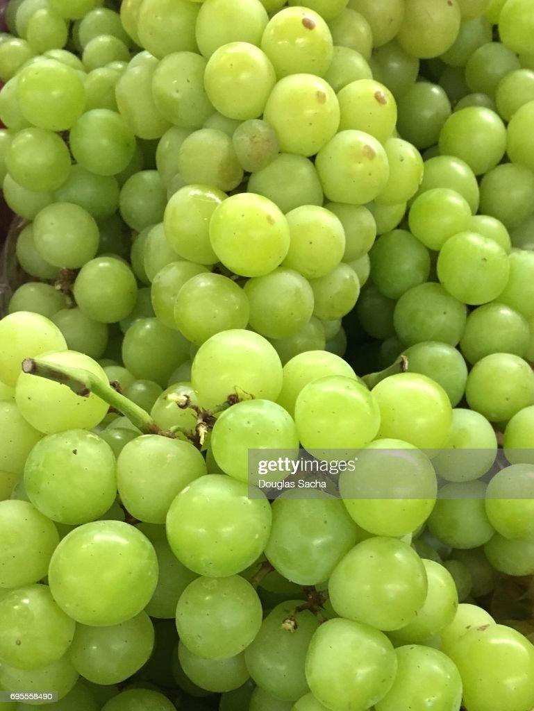 Full frame of fresh White Grapes (genus Vitis) : Stock Photo