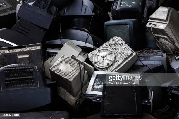 full frame of obsolete television sets - obsolete stock pictures, royalty-free photos & images