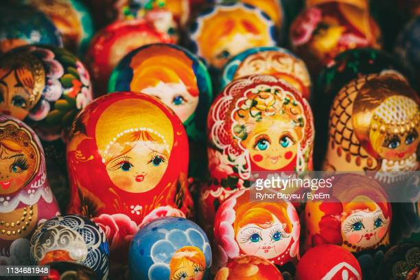 full frame shot of babushkas for sale at market stall - ロシア文化 ストックフォトと画像