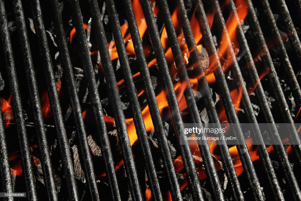Full Frame Shot Of Barbecue Grill : Stock Photo