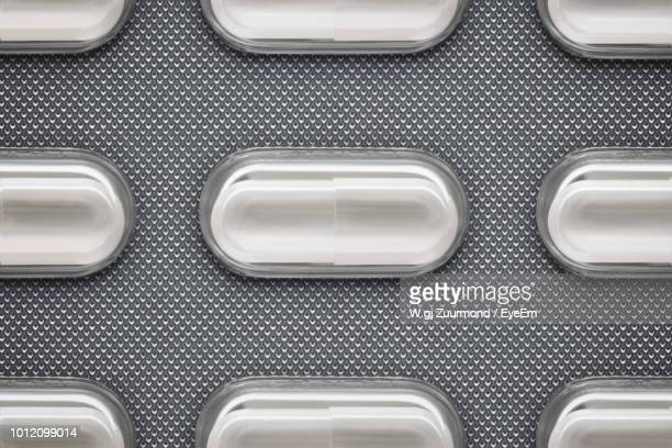 full frame shot of blister pack - blister pack stock pictures, royalty-free photos & images
