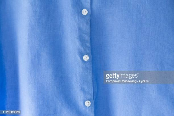 full frame shot of blue shirt - camicia foto e immagini stock
