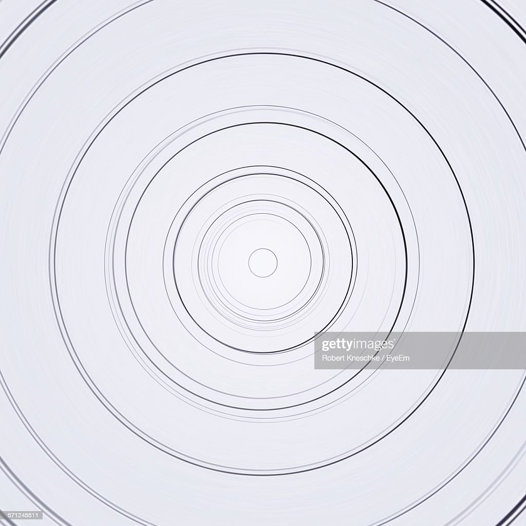Full Frame Shot Of Circle Shape Against White Background : Stockfoto